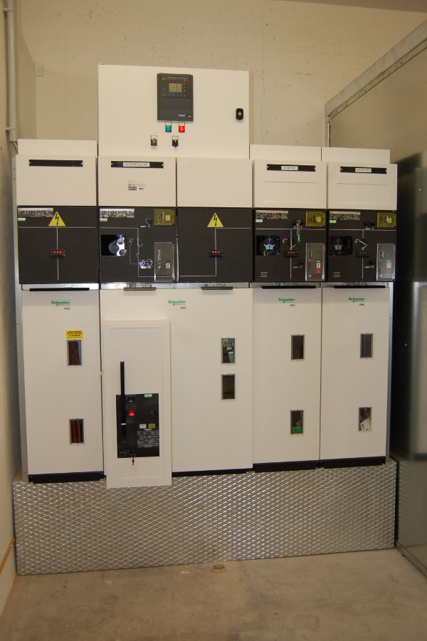 mcm impianti elettrici, elettricisti imola